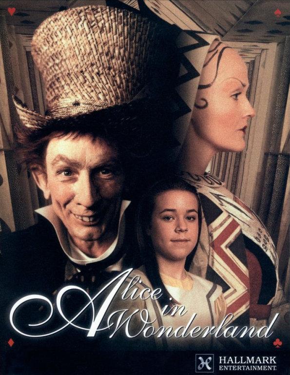 Ник Уиллинг, 1999. Уиллинг снял целых два телесериала об Алисе. В его первой версии, в 1999 году, в роли Чеширского кота снялась Вупи Голдберг, а в роли Шляпника — Мартин Шорт