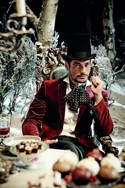 Алиса в Marks & Spencer: Рождественская сказка с переодеваниями