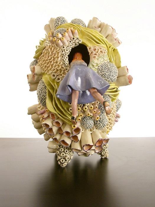 Керамическая миниатюра от Megan Bogonovich.