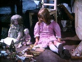 "Кадр из фильма ""Алиса"" (1988). Режиссер Ян Шванкмайер"