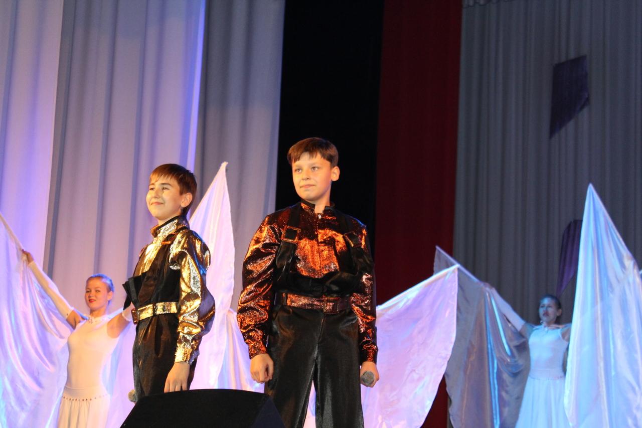 Премьера музыкальной сказки «Алиса в стране Чудес» в г. Белово, Кемеровской обл.