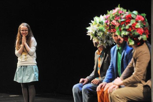 Спектакль «Алиса и государство» в Центре Мейерхольда