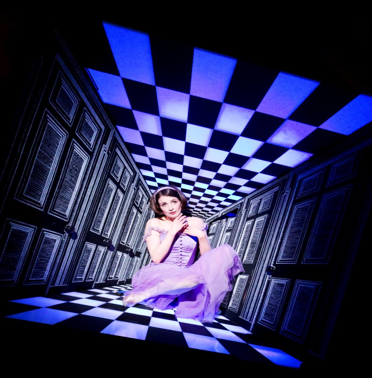 Балет «Алиса в стране чудес» Королевского оперного театра Великобритании