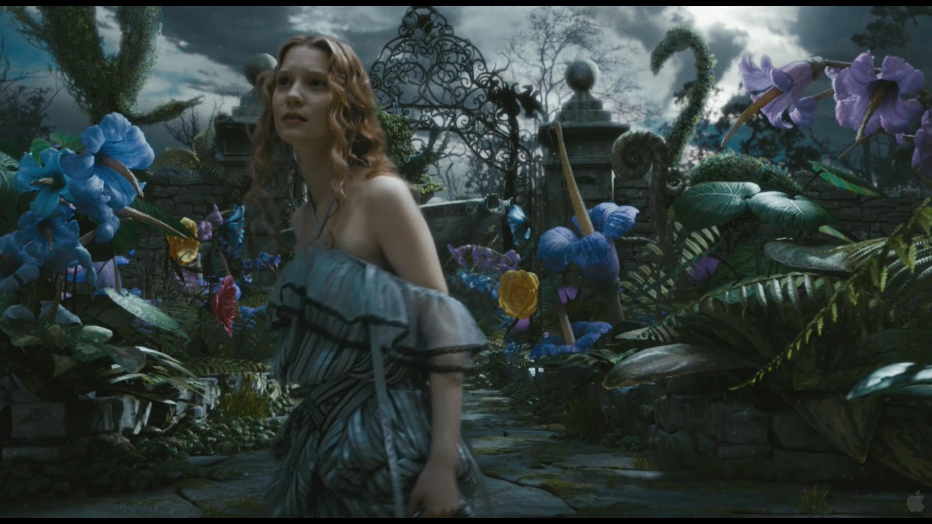 """Кадры из фильма """"Алиса в Стране чудес"""""""